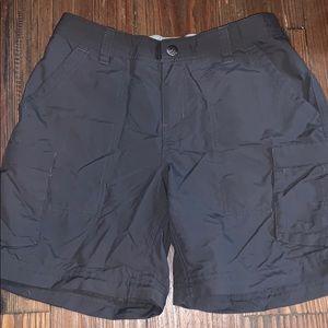 REI gray outdoor shorts 4P